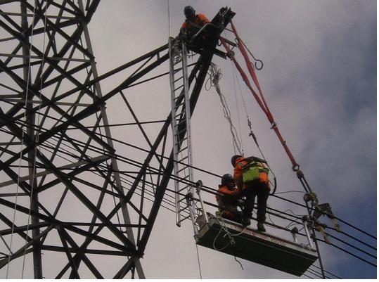 Power Line Technicians