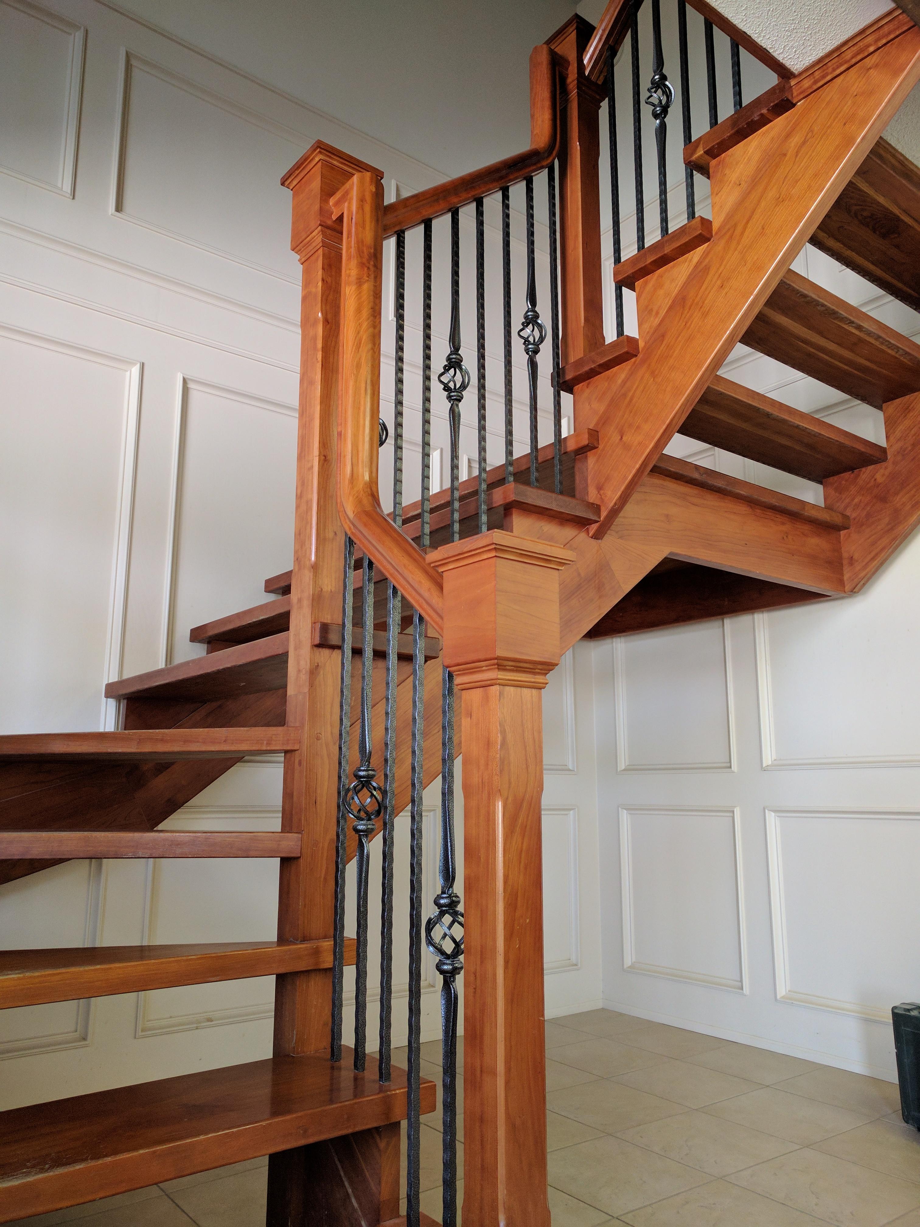 Railing Installer / Carpenter