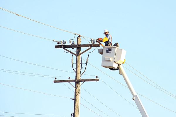 Powerline Technician Opportunities In Canada